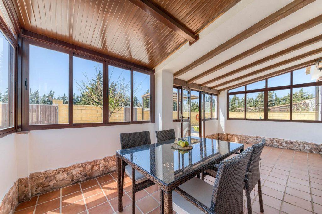 Cortijo Río Salado - Terraza cerrada - Apartamentos Patio Andaluz - Playa de La Fontanilla (Conil)