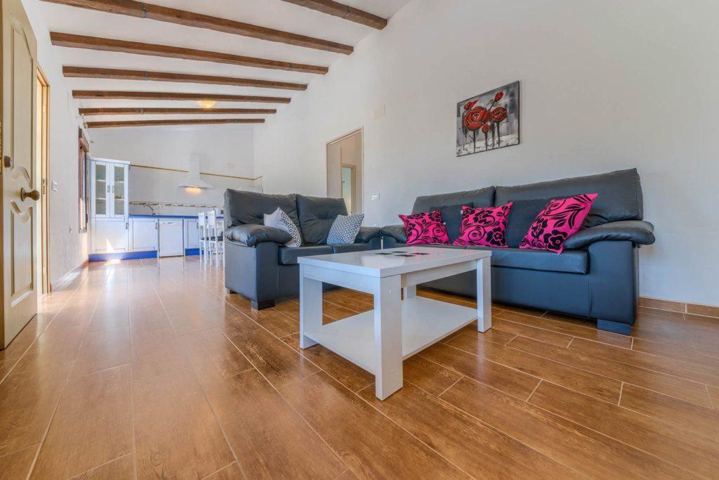 Cortijo Río Salado - Sofás - Apartamentos Patio Andaluz - Playa de La Fontanilla (Conil)