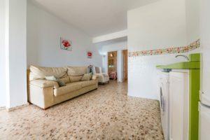 Apartamento 3 - Cocina y Salón - Apartamentos Patio Andaluz - Playa de La Fontanilla (Conil)