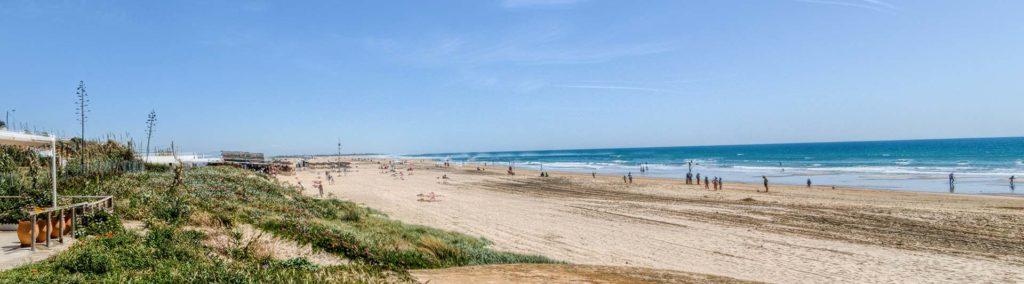 Panorámica de la Playa - Apartamentos Patio Andaluz - Playa de La Fontanilla (Conil)