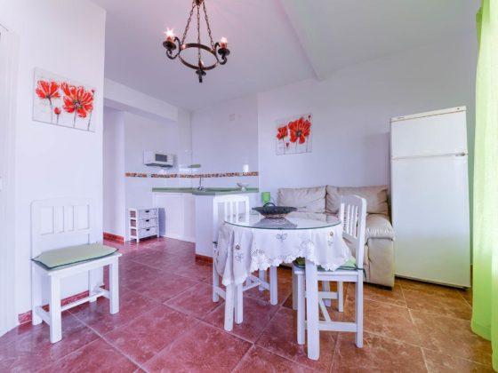 Apartamento 2 - Comedor - Apartamentos Patio Andaluz - Playa de La Fontanilla (Conil)