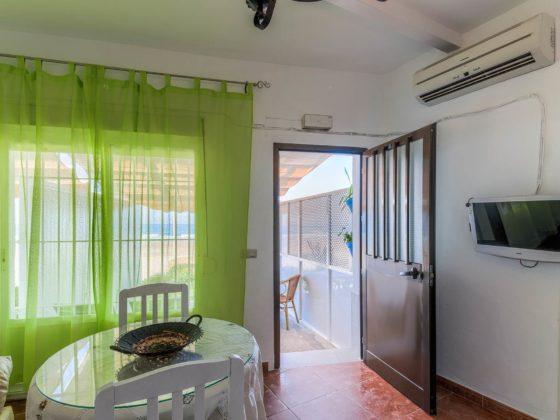Apartamento 2 - Entrada - Apartamentos Patio Andaluz - Playa de La Fontanilla (Conil)