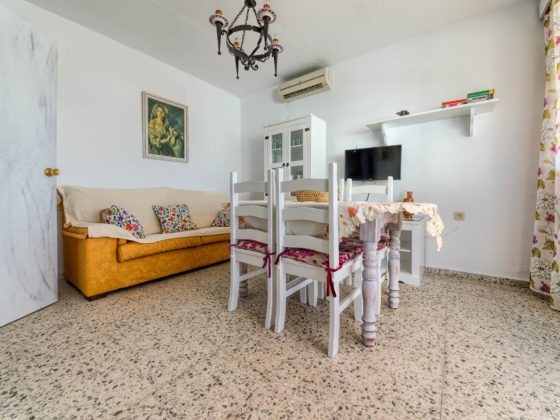 Apartamento 5 - Salón Comedor - Apartamentos Patio Andaluz - Playa de La Fontanilla (Conil)