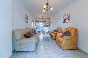 Apartamento Atalaya - Salón y Sofás - Apartamentos Patio Andaluz - Playa de La Fontanilla (Conil)