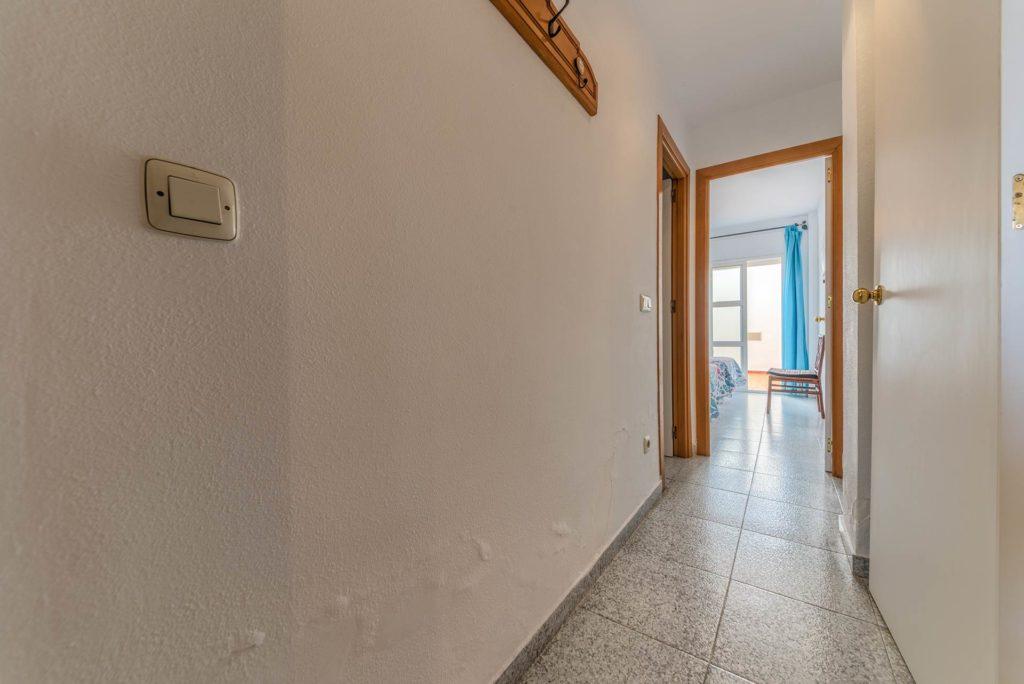 Apartamento Atalaya - Pasillo- Apartamentos Patio Andaluz - Playa de La Fontanilla (Conil)
