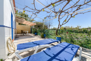 Apartamento Huerto - Terraza - Apartamentos Patio Andaluz - Playa de La Fontanilla (Conil)