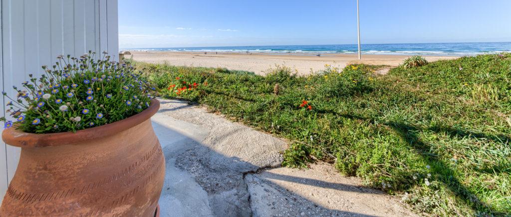 Cabecera vistas a la playa - Escaleras - Apartamentos Patio Andaluz - Playa de La Fontanilla (Conil)