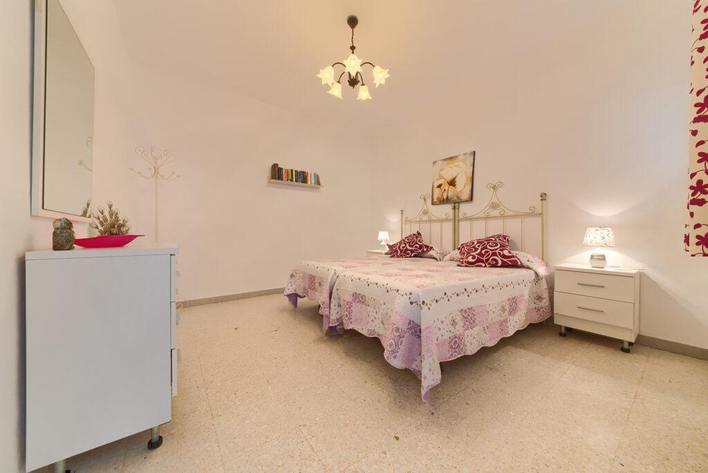 Apartamento 1 - Dormitorio 2 Camas - Apartamentos Patio Andaluz - Playa de La Fontanilla (Conil)