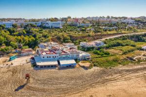 Vista aérea - Apartamentos Patio Andaluz - Playa de La Fontanilla (Conil)